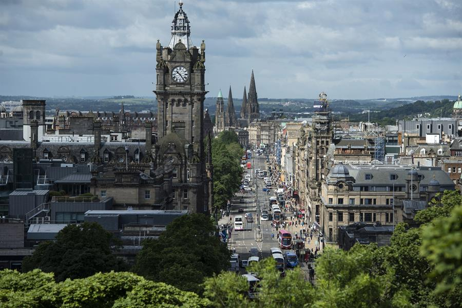 Edinburgh By OLI SCARFF:AFP:Getty Images